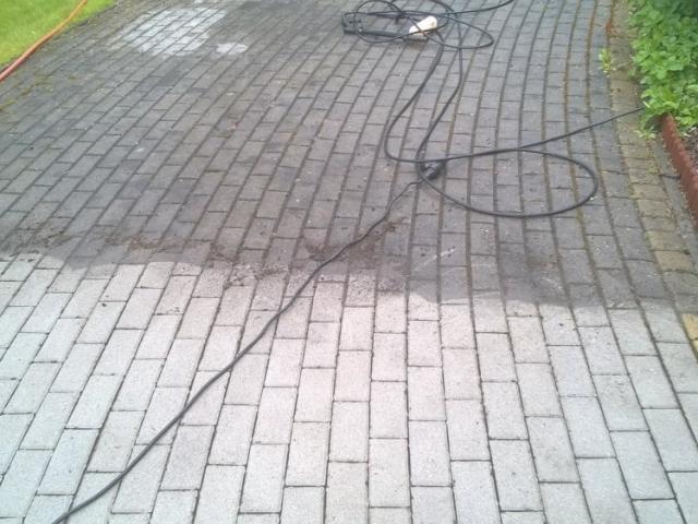 Czyszczenie kostki betonowej