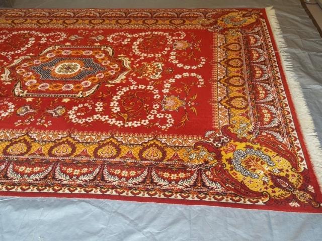 Czyszczenie dywanu wełnianego